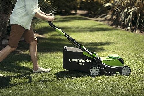 Der Greenworks 40V im Einsatz